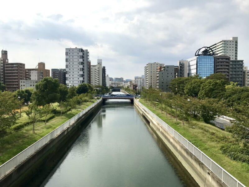 木場公園大橋からみた仙台堀川