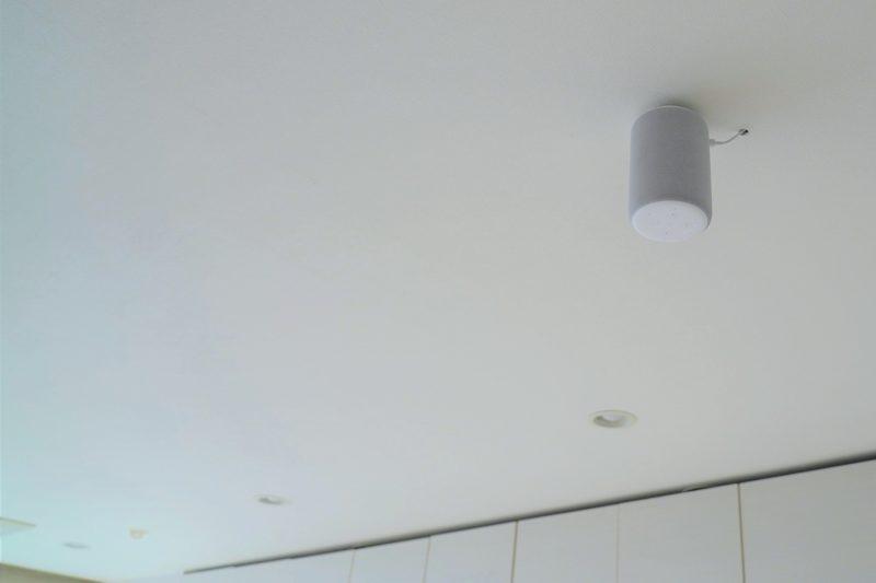 天井に設置されたAmazon Echo