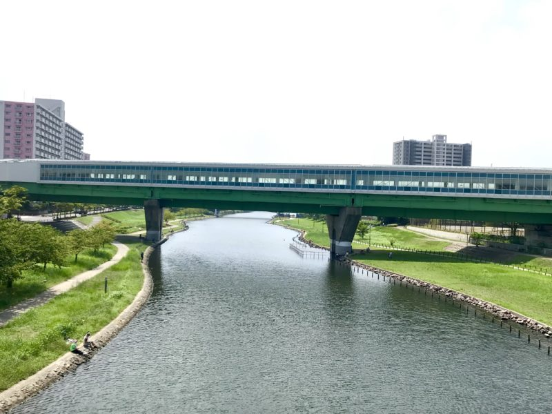 旧中川と東大島駅