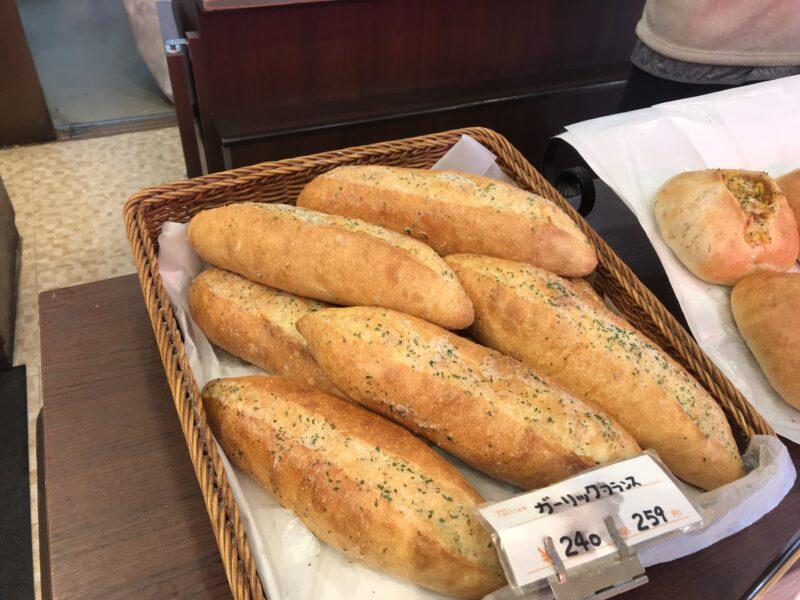 カトレア|ガーリックトースト